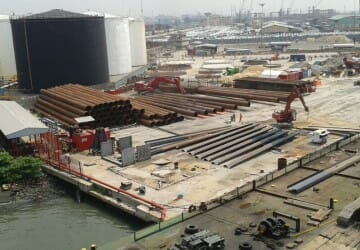 Quaywall construction and jetty extension