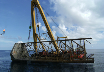 Recovery of platform leg of Trident 17
